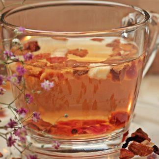 Vaisių ir žolelių arbata